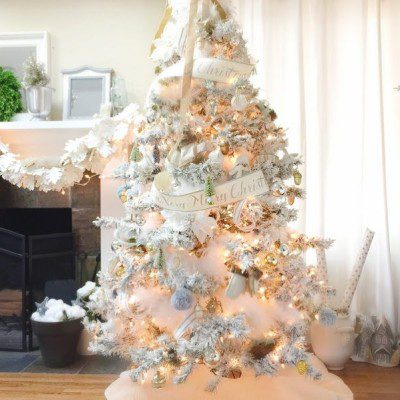 Great tips for flocking a tree. It is easy to create a beautiful tree you just need to know how to do it.