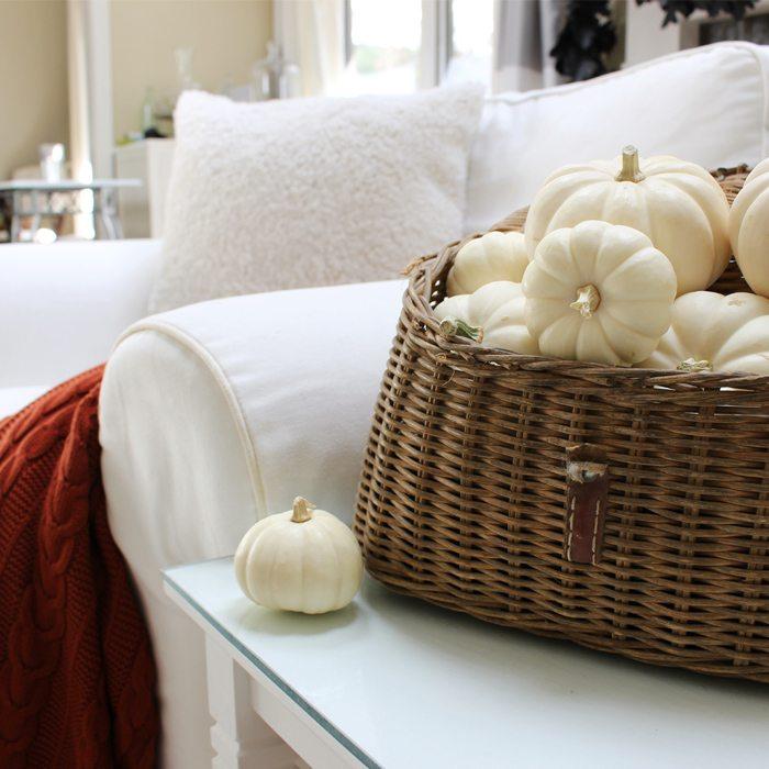 autumn throw creel-of-pumpkins-sm-ver