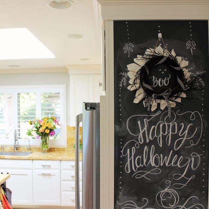 halloween-wreath-room
