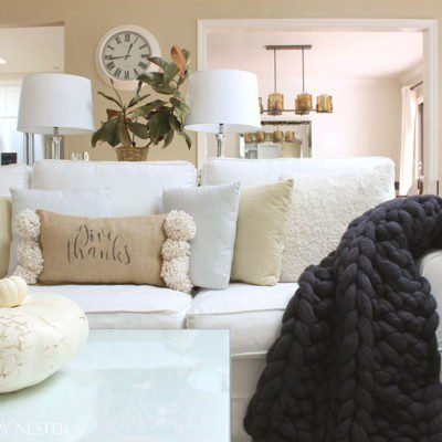 Chunky Knit Throws make the perfect gift to buy for any friend or family member. They are affordable and make such a unique and beautiful gift.