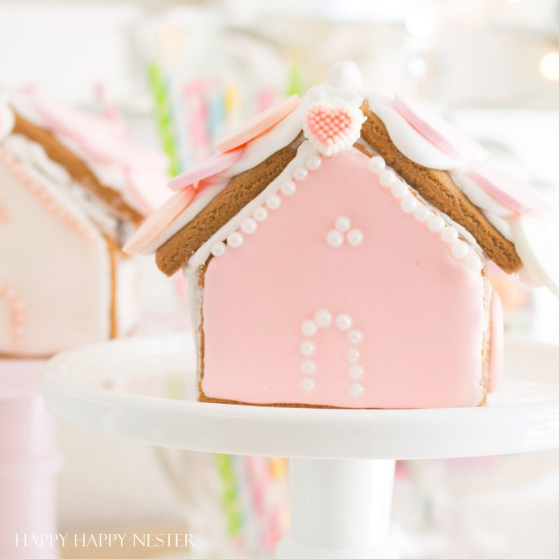 Gingerbread House Ideas: A Valentine\'s Day Craft - Happy Happy Nester