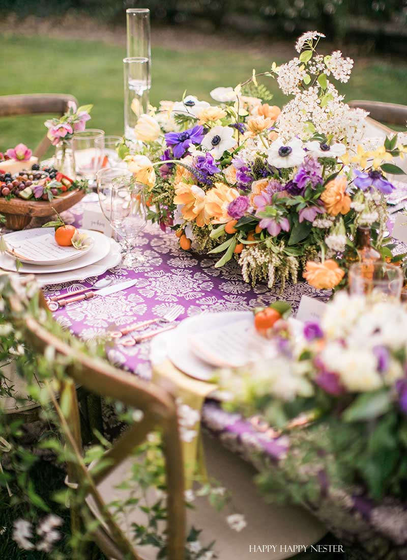 Spring Table Setting Beautiful Flower Centerpieces