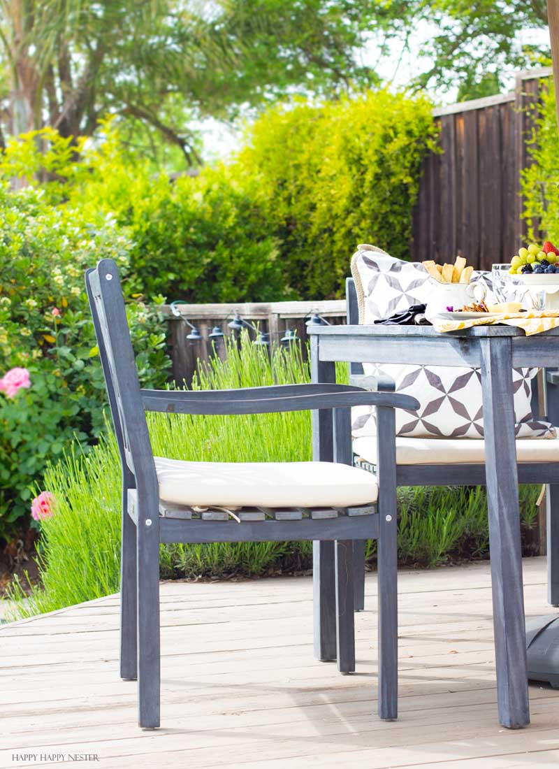 Need a bit of inspiration when it comes to outdoor living rooms? We've been working on our backyard for a couple of years, and we live outside 153 days out of the year. I created living spaces on a budget and find how I refresh our garden furniture every year. .#outdoorlivingrooms #patios #yards #diy #decks #budgetdiy