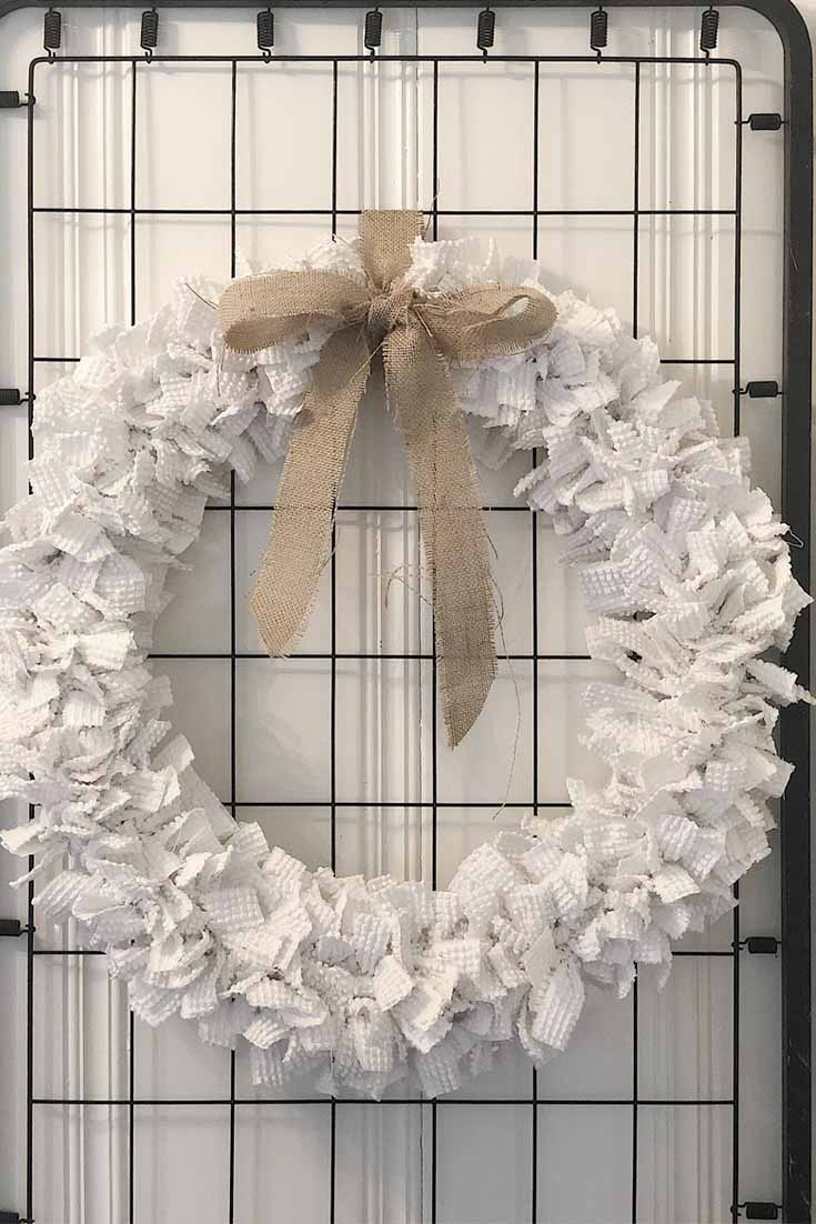 how to make a wreath out of chenille