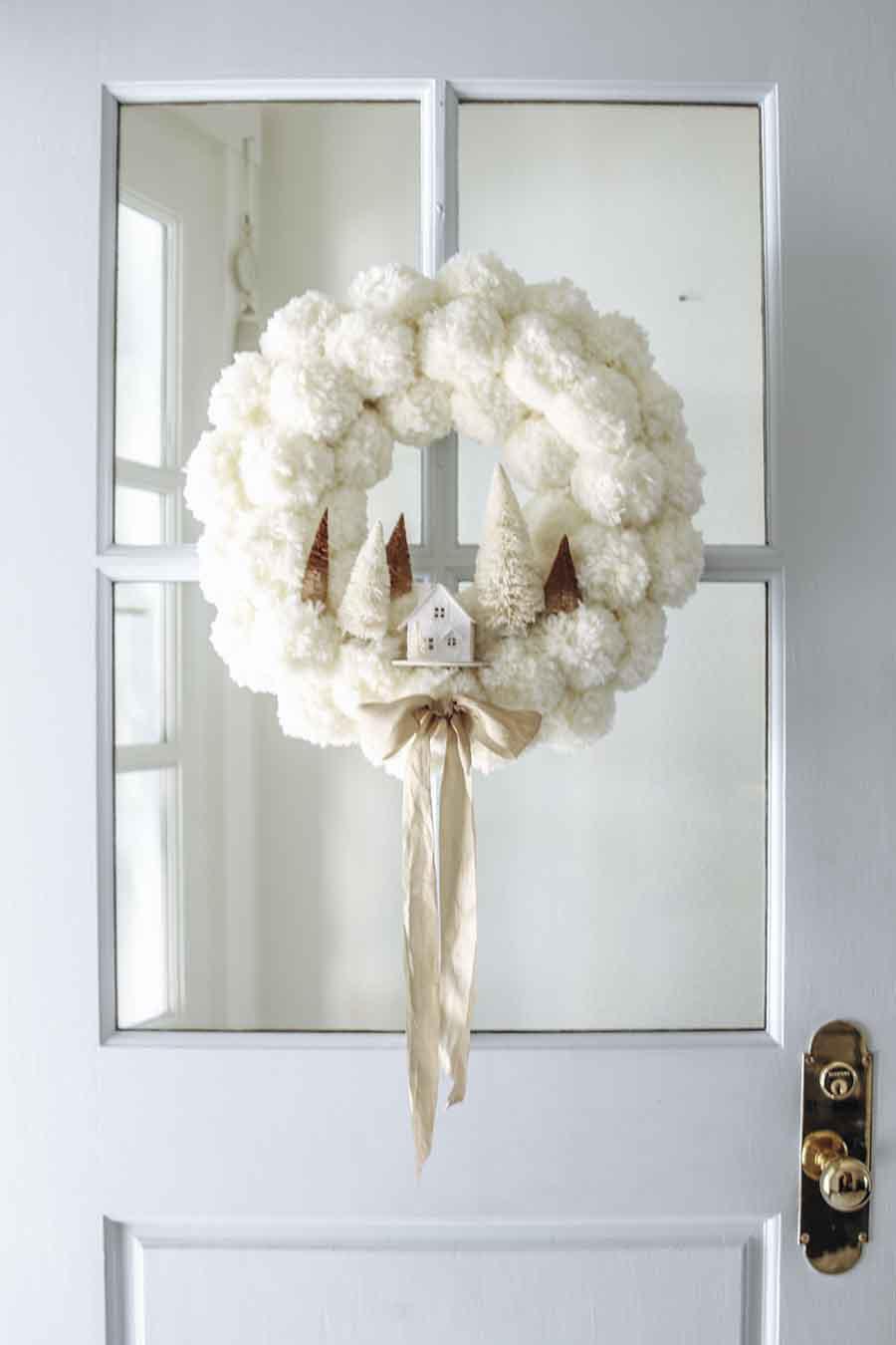 winter pom pom wreath diy