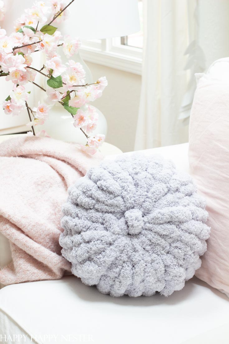 How To Hand Knit A Pillow Happy Happy Nester